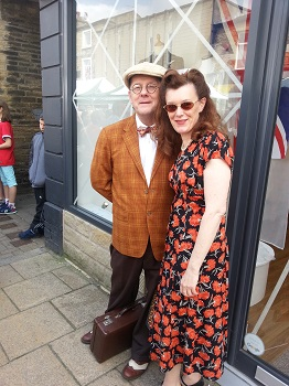 Couple at the Brighouse 1940s Weekend